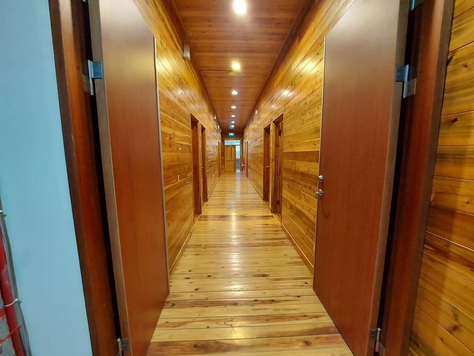 森林教育中心教學大樓走廊